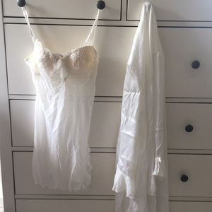 Other - White bridal nightgown with robe